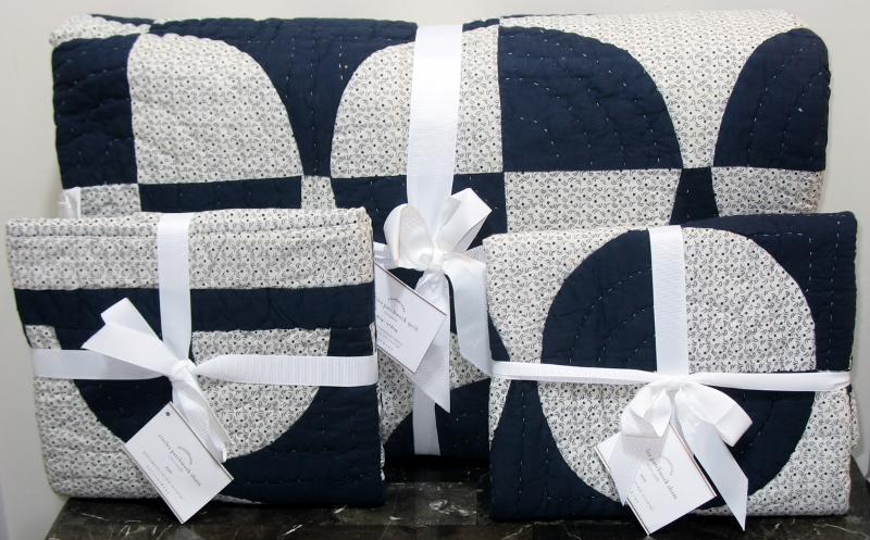 New Pottery Barn Patchwork Circles King Quilt Shams Navy